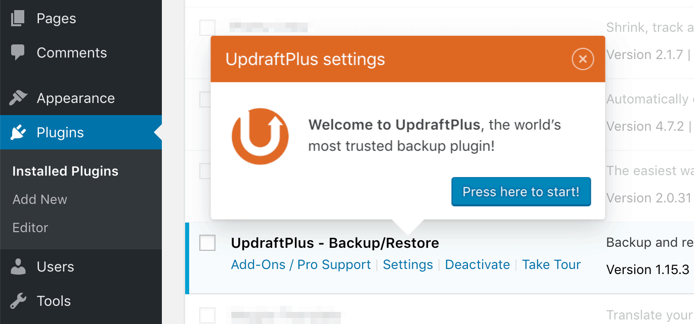 Notification asking to configure UpdraftPlus.